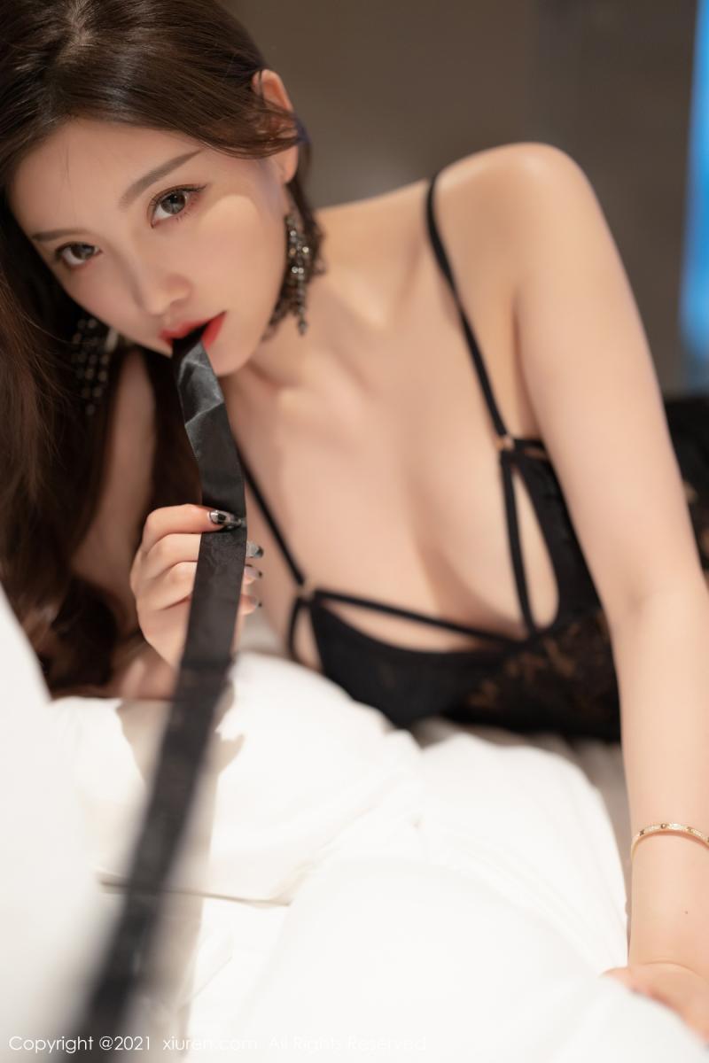 秀人网 [XIUREN] 2021.10.12 杨晨晨Yome